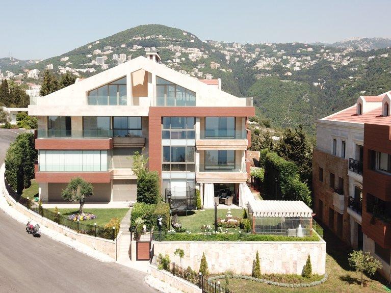 Grand Estate - Roof Bay Apartment - AP1