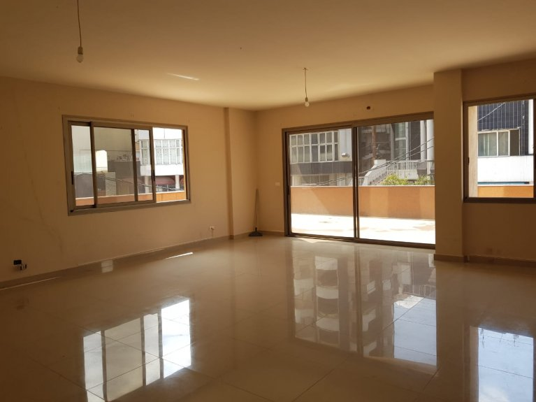 Grand Estate - Jal El Dib Office