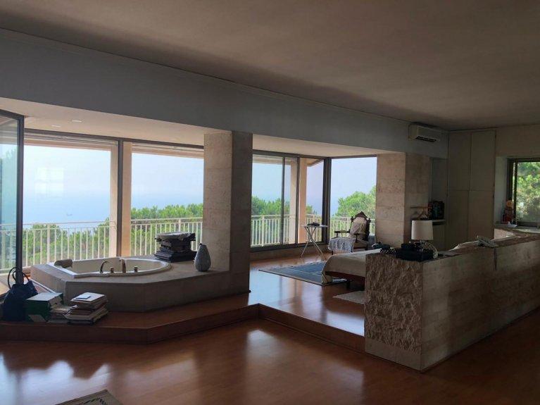 Grand Estate - Luxurious Rabieh Villa