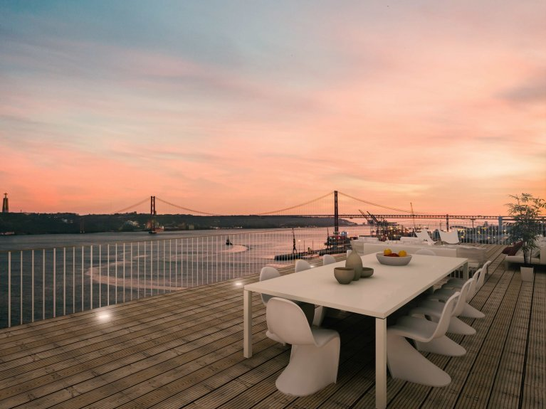 Grand Estate - Lisbon Penthouse